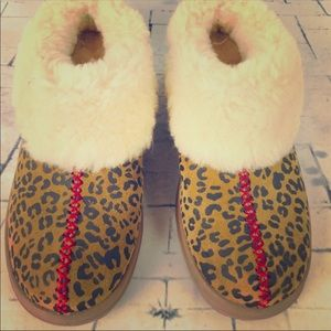 Ugg Houseshoes